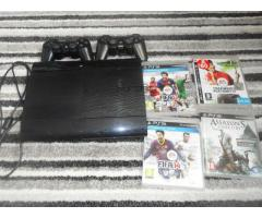 Playstation 3 super slim 500gb with 2 controller and 10 games   €139