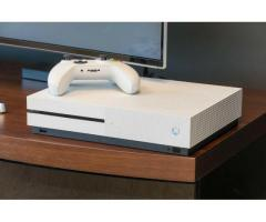 Xbox one s and red dead 2