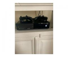 For Sell 500GB Xbox One Console Two Controllers.
